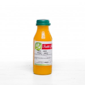 Jus de fruits frais mangue-passion